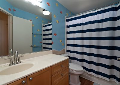 Full bathroom in Royal Kunia home for sale
