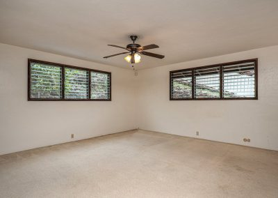 Very large master bedroom in Aiea Heights house for sale