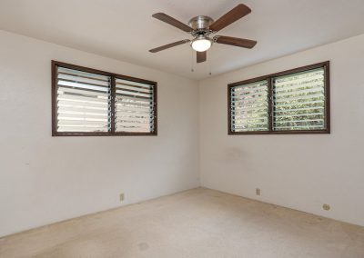 2nd bedroom with a ceiling fan in Aiea Heights house for sale